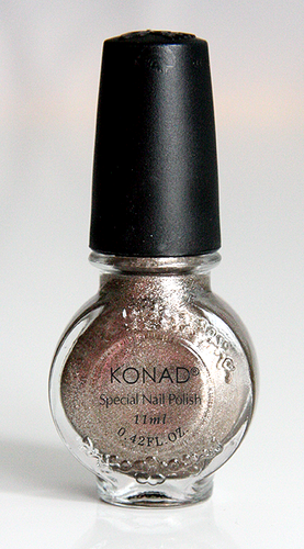 Konad Erikoislakka 11ml LIGHT BRONZE