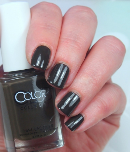 Color Club - She's So Vamp - GLOOM AND DOOM