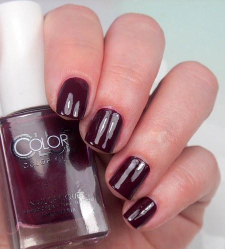 Color Club - She's So Vamp - DARKER THAN MY HEART